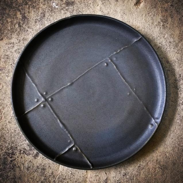 Textura táctil para simular materiales sobre plato llano de 27 cm